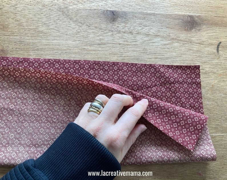 making the pockets for the fabric advent calendar