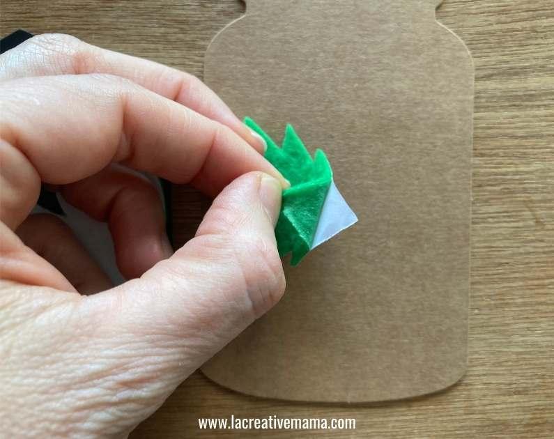 christmas gift tags tutorial using adhesive felt Christmas templates tutorial 5