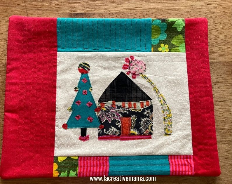 finishing the quilted Christmas pillow