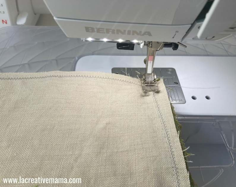using a zig zag to stop fabric from fraying