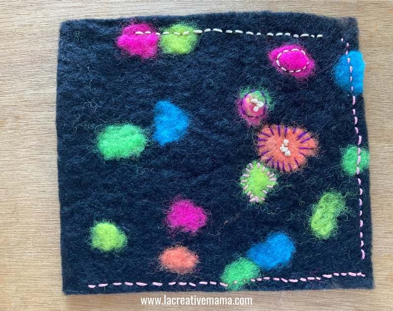 making a  glasses pouch on embroidered felt fabric