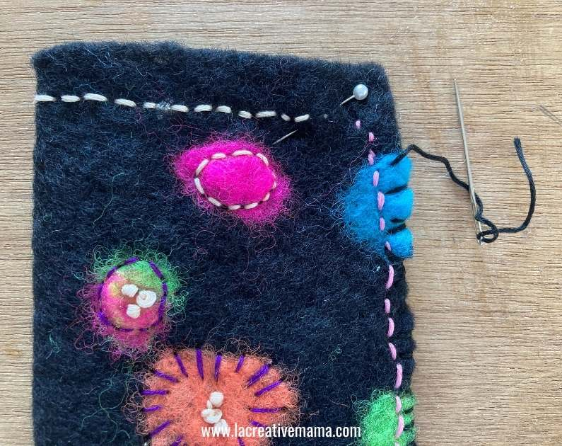 how to make an embroidered glasses pouch using wet felted wool