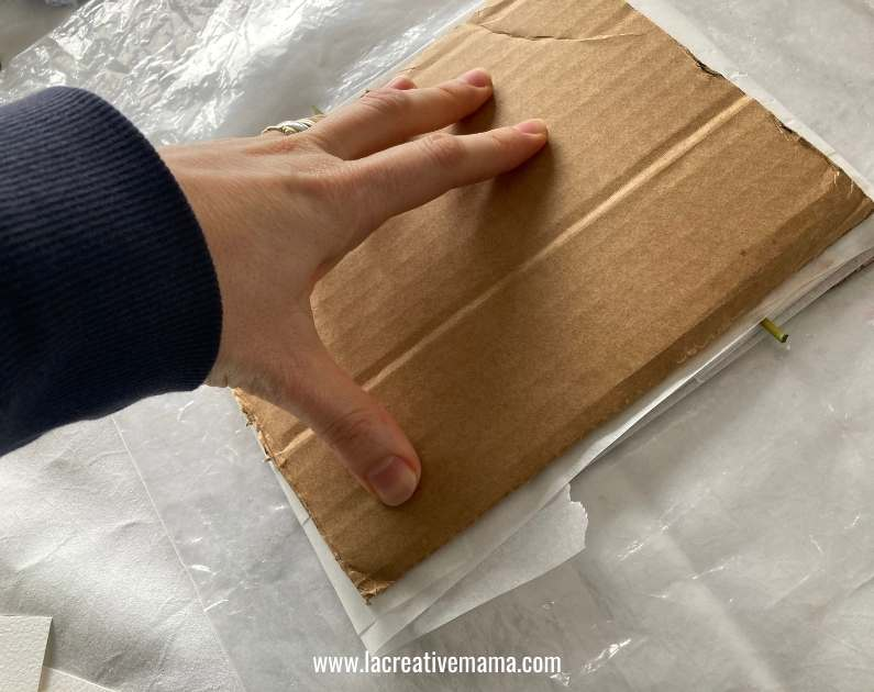 eco printing on paper tutorial, making the bundles  with cardboard
