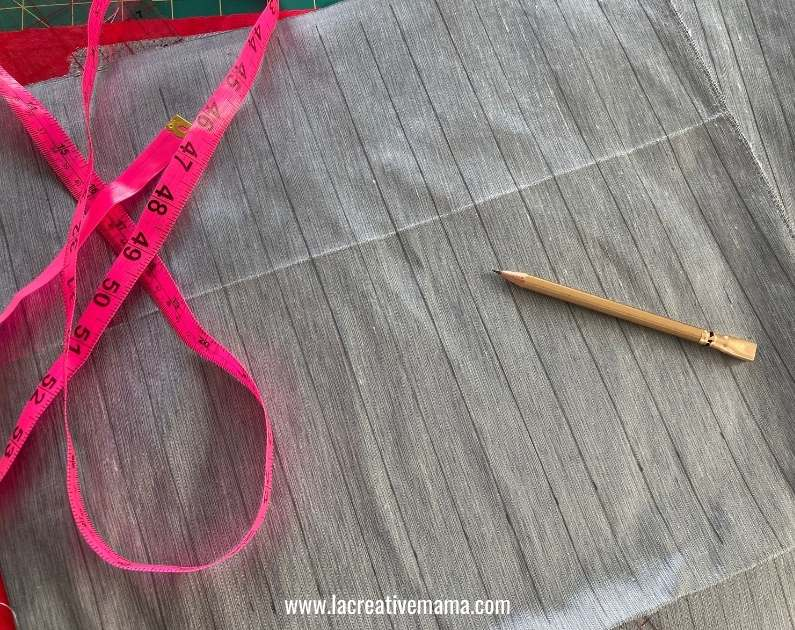 making spaced tucks on a  piece of fabric